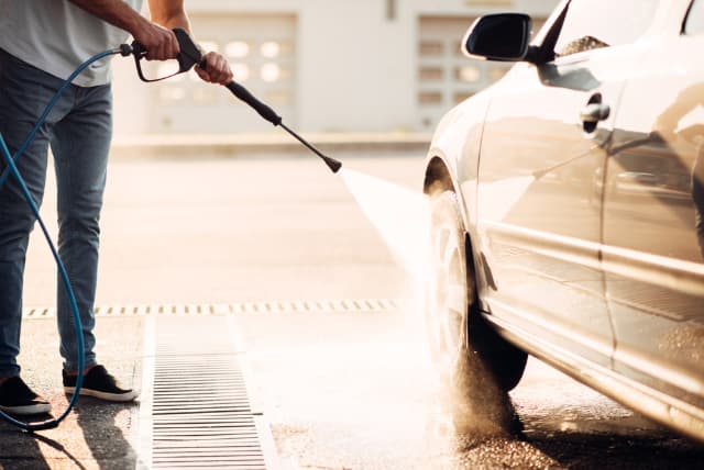 Top 6 Best Pressure Washers For Cars That Won't Break The Bank