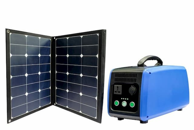 Best Solar Generators For Camping & Home Use